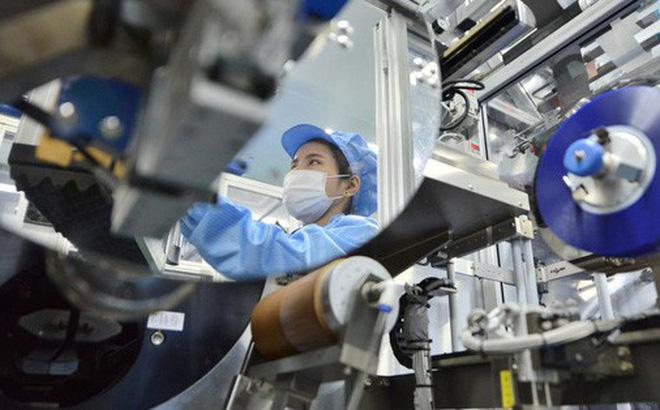 Một dây chuyền sản xuất tại Trung Quốc. Ảnh: Reuters.