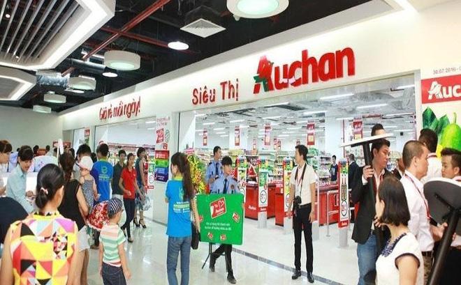 Auchan xả hàng để chuẩn bị cho việc đóng cửa 15/18 cửa hàng tại Việt Nam. Ảnh: Thu Hà