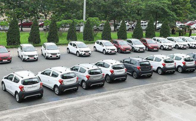 Những người đặt xe VinFast từ đợt đầu được hưởng mức giá giảm sốc.