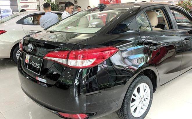 Sang tháng 7, khách Việt vẫn có rất nhiều lựa chọn ô tô giảm giá. Những động thái đón đầu tâm lý không mua xe tháng Ngâu sắp tới.