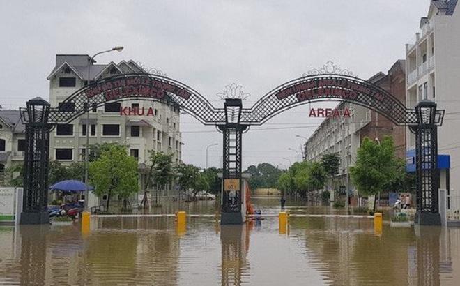 Khu đô thị mới Lê Trọng Tấn- Geleximco do Công ty CP Xuất nhập khẩu Tổng hợp Hà Nội (Geleximco) làm chủ đầu tư nằm trong danh sách khu đô thị chậm xây trường học. Vài năm nay khu đô thị này cứ mưa lớn là ngập.