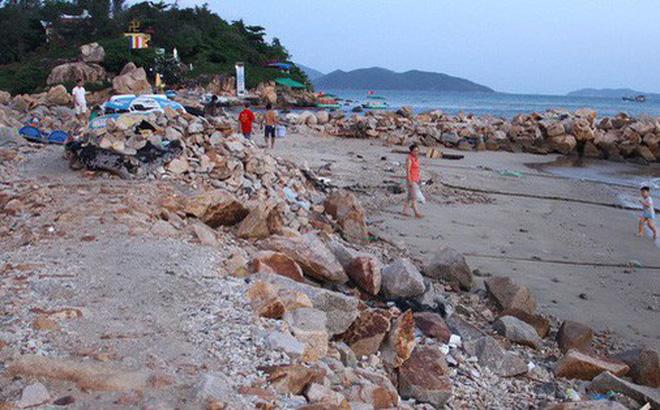 Chủ đầu tư dự án Nha Trang Sao đổ đá lấn biển Nha Trang