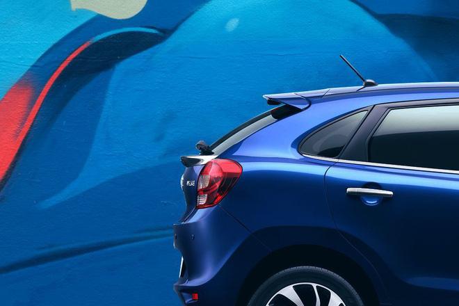 Giá của chiếc hatchback cao cấp, tăng so với Hyundai Elite i20 và Volkswagen Polo. Đồng thời cũng nhỉnh hơn so với phiên bản trước đó, bắt đầu từ 5,45 lakh - 8,77 lakh (từ 177 triệu đồng đến 286 triệu đồng).