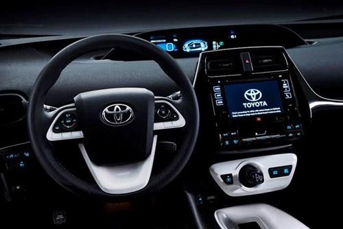 Vô lăng 3 chấu và kiểu dáng khe điều hòa của Toyota Prius 2016 hoàn toàn mới